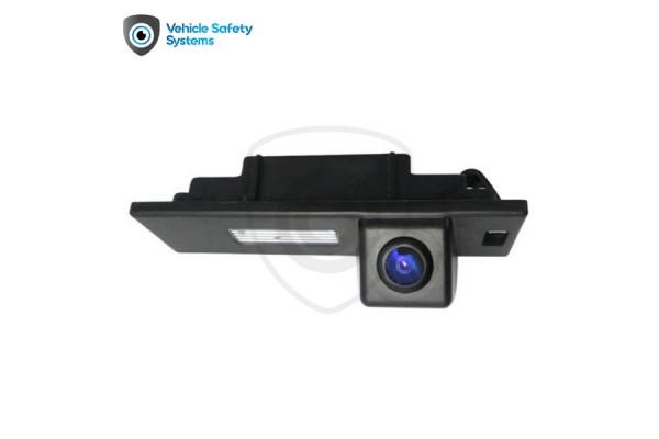 Cúvacia kamera BMW rad 1 (E87, E81, F20, F21), BMW rad 6 (E64, E63, F13, F12, F06), BMW i, BMW Z4, 2002, 2003, 2004, 2005,  2006, 2007, 2008, 2009, 2010, 2011, 2012, 2013, 2014, 2015, 2016, 2017, 2018, 2019