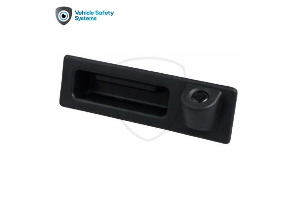 Cúvacia kamera v rukoväti BMW rad 5 (F10, F11), X3 (F25, F30),  2006, 2007, 2008, 2009, 2010, 2011, 2012, 2013, 2014, 2015, 2016, 2017, 2018, 2019