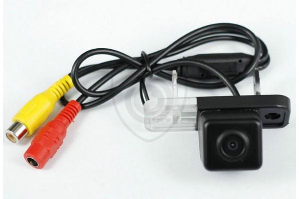 Cúvacia kamera pre Mercedes-Benz C (W203, S203), Mercedes CLS (W219, C219), Mercedes SLK (R171) zabudovaná s osvetlenim EČV