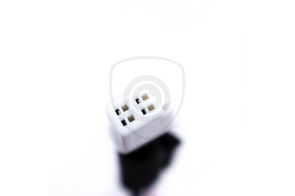 Káblový adaptér na pripojenie cúvacej kamery k displeju Mazda 2006 - 2014