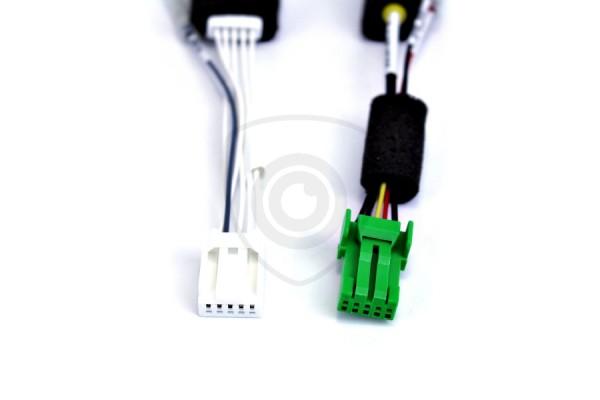 Káblový adaptér na prepojenie cúvacej kamery s monitorom Suzuki 2012 - 2019