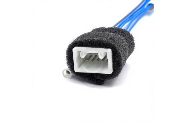 Káblový adaptér na pripojenie cúvacej kamery k monitoru Toyota MFD GEN5 a GEN6 s navi