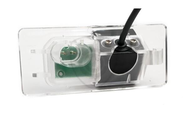 Cúvacia kamera  Jaguar XE, XF, E-PACE, F-PACE zabudovaná nad ŠPZ
