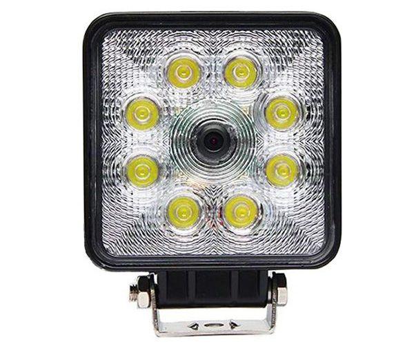 Pracovné a cúvacie svetlo pre vozidlá